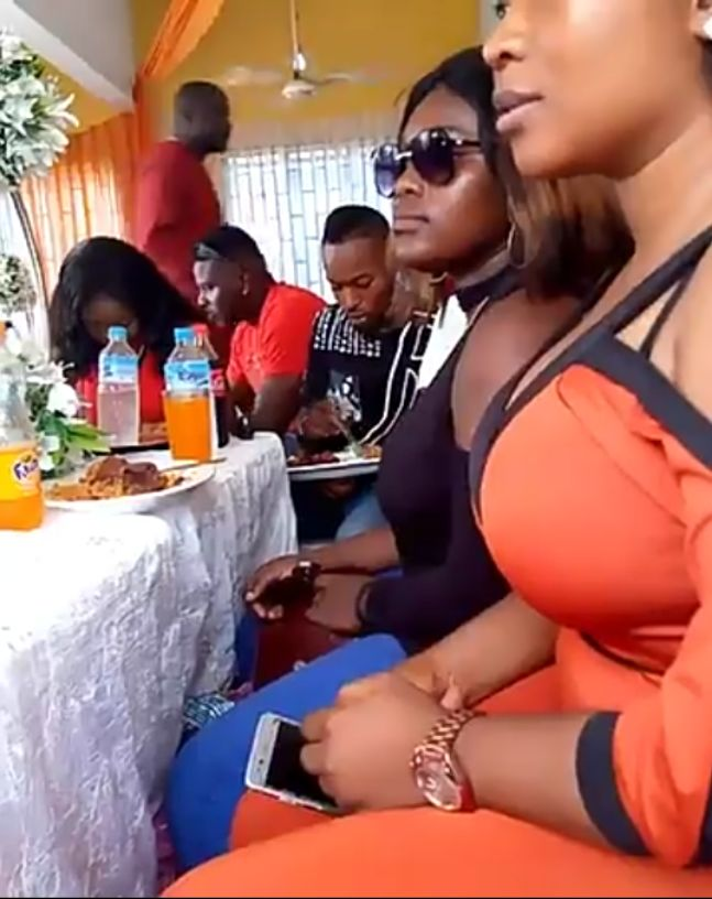 A Viral Video Spotted Slay Queen Hidden Meats in Her Bag (Video)