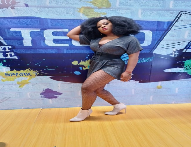 Different Styles And Poses At BBNaija Old-School Themed Party